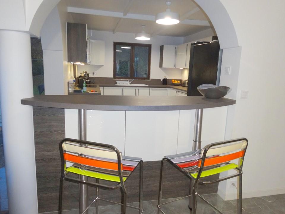 Rénovation et décoration d'un séjour et d'une cuisine à Soisy sur ...