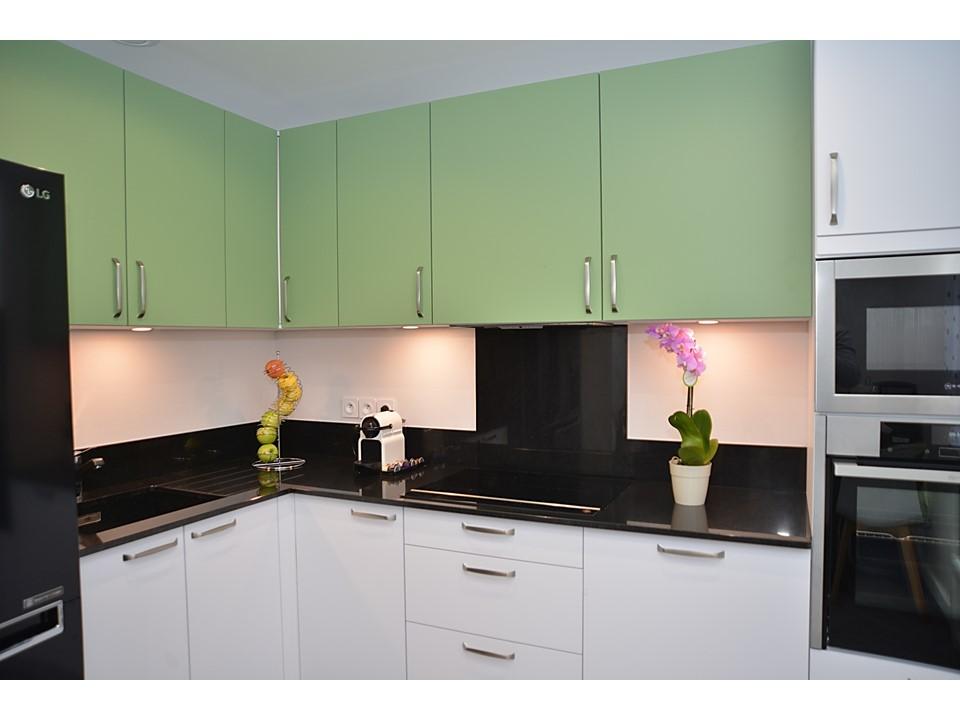 Rénovation complète et décoration d\'une maison avec installations ...