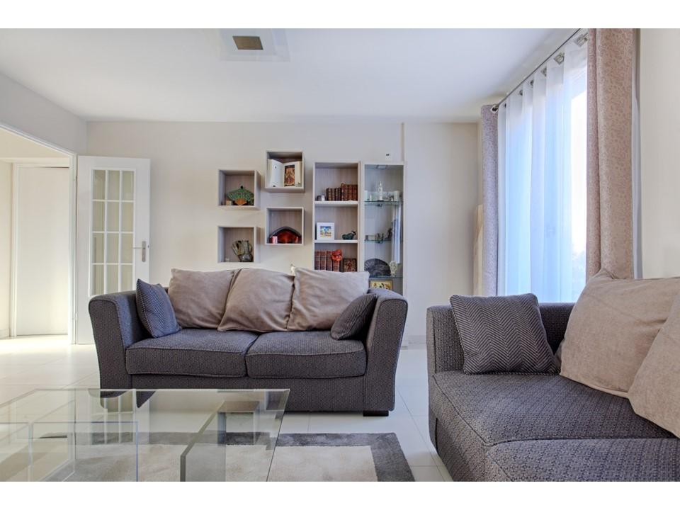 8BH-Déco rénovation décoration salon salle à manger lin bleu bois