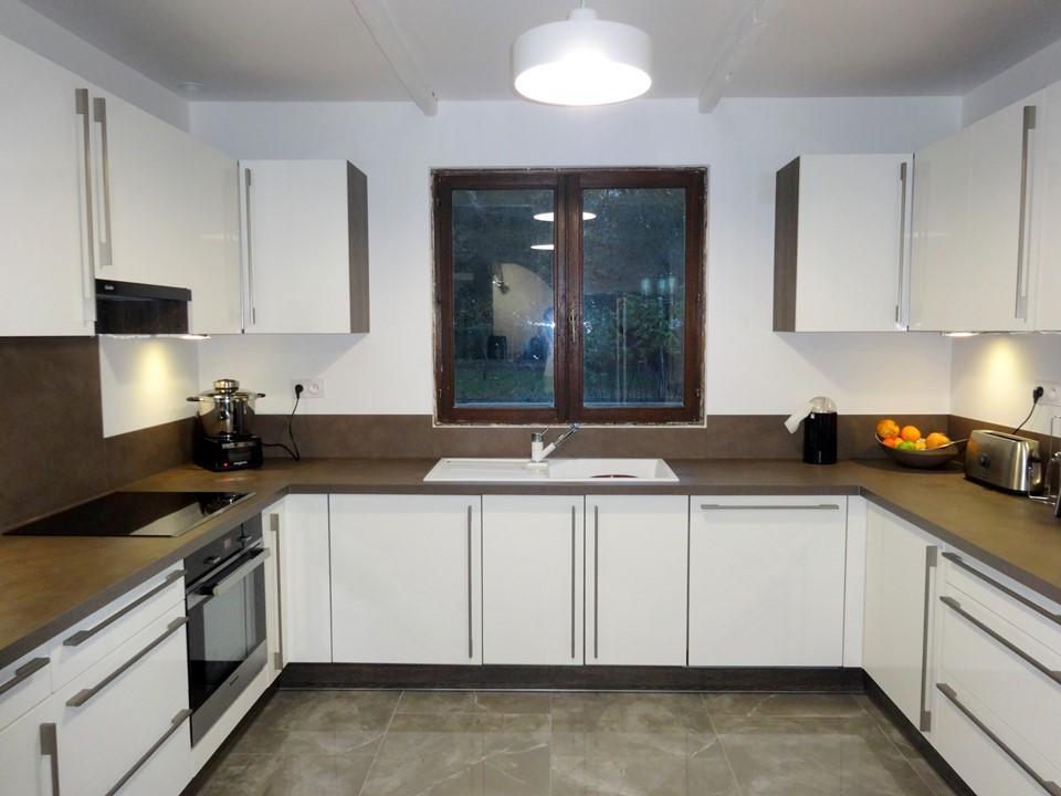 9-BH-Déco cuisine contemporaine blanc laquée