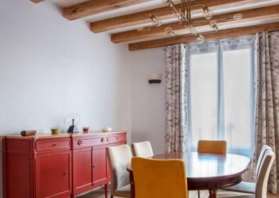 BH-Déco - Sylvie Bernard Samain rénovation complete du RdC d'une maison à Villebon sur Yvette salle a manger poutres