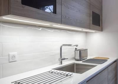 BH-Déco - Sylvie Bernard Samain rénovation complete du RdC d'une maison Levit à Mennecy cuisine intégrée