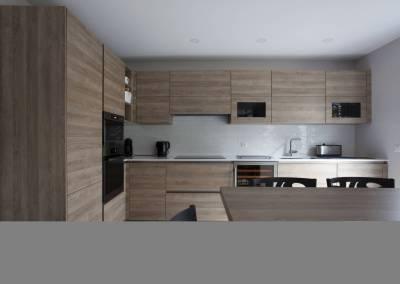 BH-Déco - Sylvie Bernard Samain rénovation complete du RdC d'une maison Levit à Mennecy cuisine ouverte
