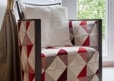 BH-Déco - Sylvie Bernard Samain rénovation complete du RdC d'une maison Levit à Mennecy fauteuil tapissier