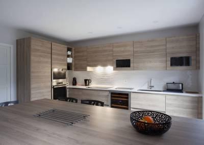 BH-Déco - Sylvie Bernard Samain rénovation complete du RdC d'une maison Levit à Mennecy grande cuisine ouverte