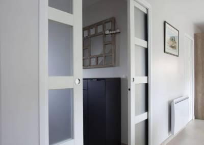 BH-Déco - Sylvie Bernard Samain rénovation complete du RdC d'une maison Levit à Mennecy portes à galandage