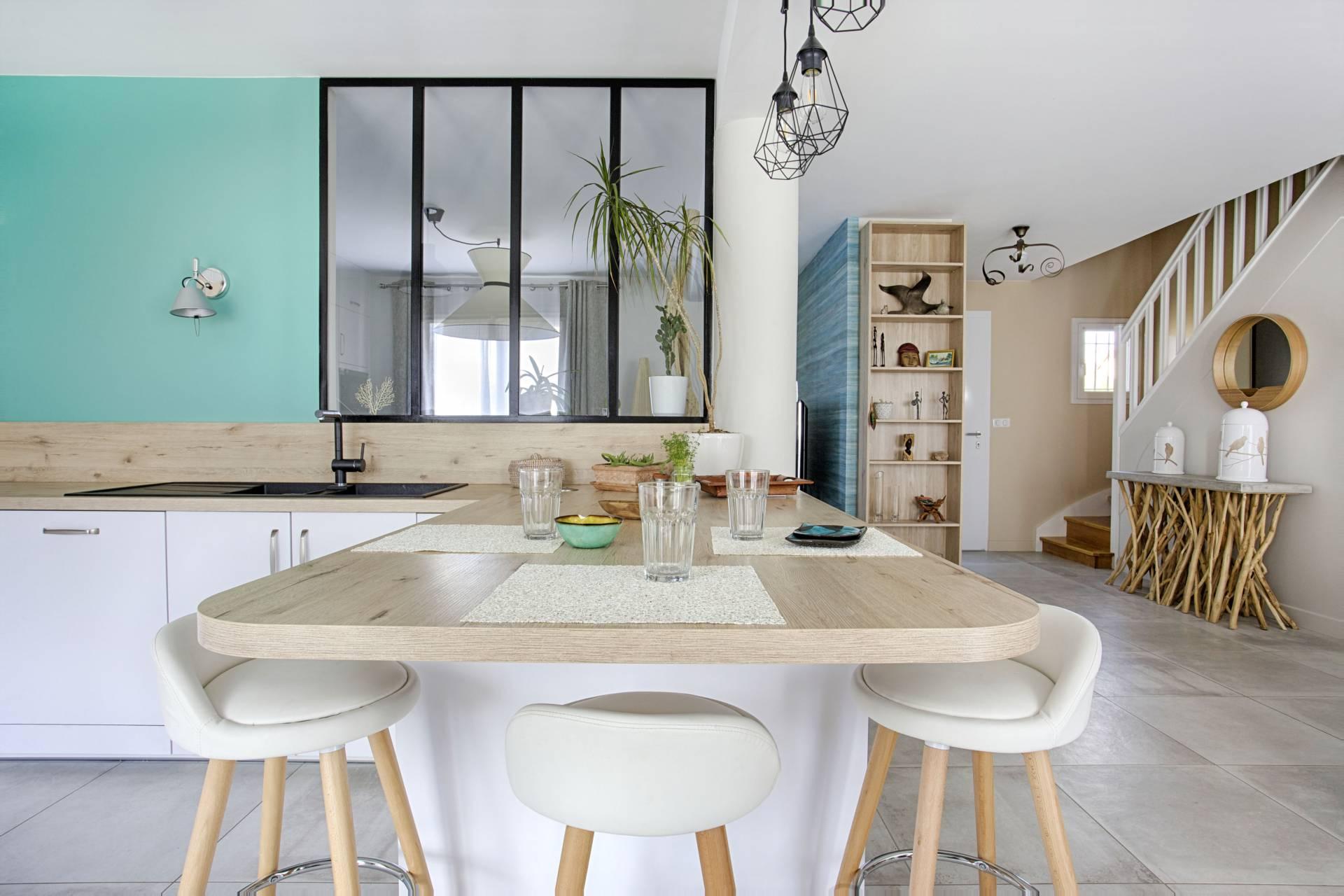 Deco Cuisine Blanche Et Bois décoration d'une maison à draveil | bh déco, décoratrice