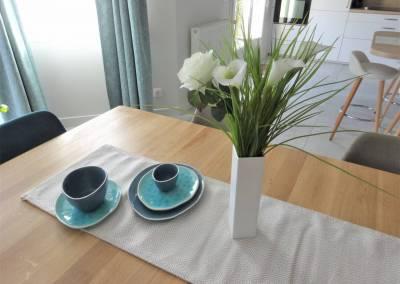 BH-Déco - Sylvie Samain - Déco salle a manger bleue tasse