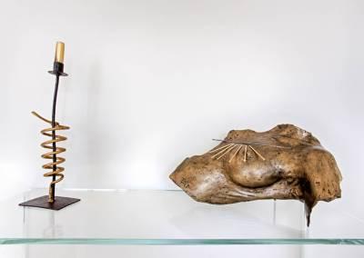 BH-Déco - Sylvie Samain - rénovation complète RdC œuvres d'art sur console en verre