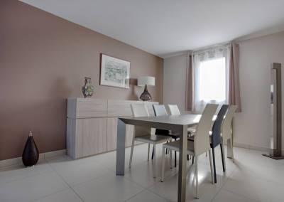 BH-Déco - Sylvie Samain - rénovation complète RdC salle a manger muscade, meubles chêne clair