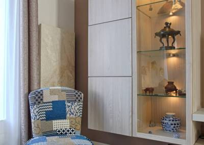 BH-Déco - Sylvie Samain - rénovation complète RdC vitrine bois rétroéclairée