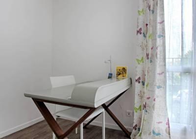 BH-Déco - Sylvie Samain - rénovation complète appartement bureau blanc lin bois