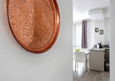 BH-Déco - Sylvie Samain - rénovation complète appartement couloir déco
