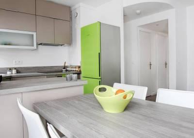 BH-Déco - Sylvie Samain - rénovation complète appartement cuisine beige et verte