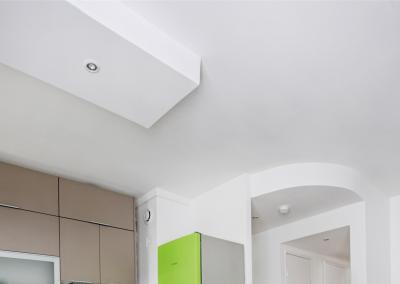 BH-Déco - Sylvie Samain - rénovation complète appartement faux plafond spots cuisine