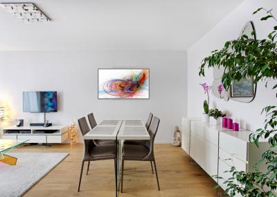 BH-Déco - Sylvie Samain, rénovation totale d'un appartement salle a manger blanche et verre