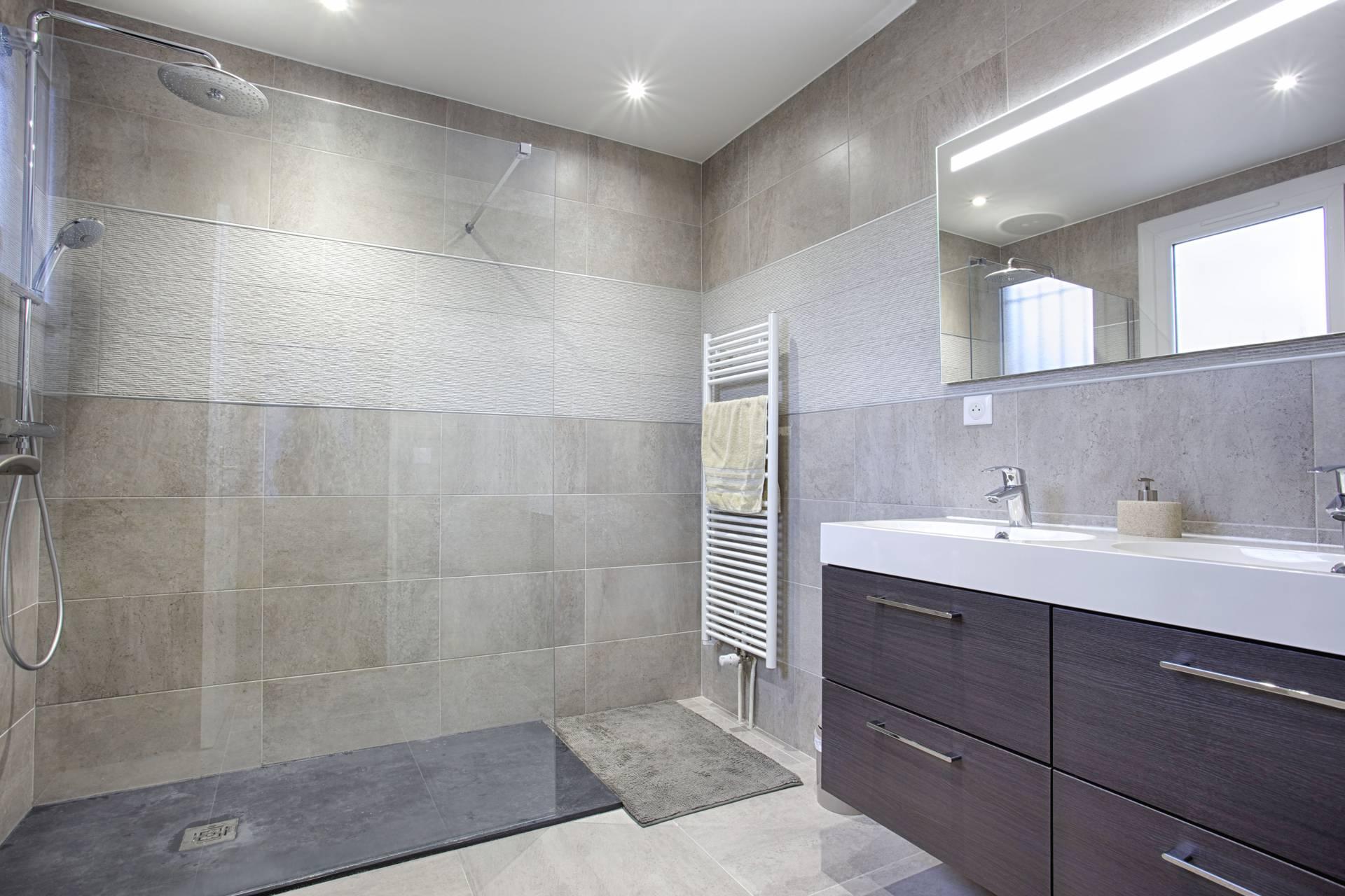 Décoration et rénovation de salles de bain