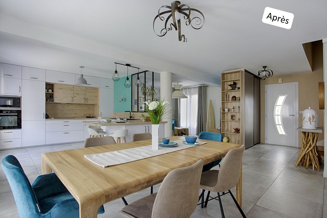 BH-Déco cuisine ouverte blanc mat et bois verriere ilot central 3