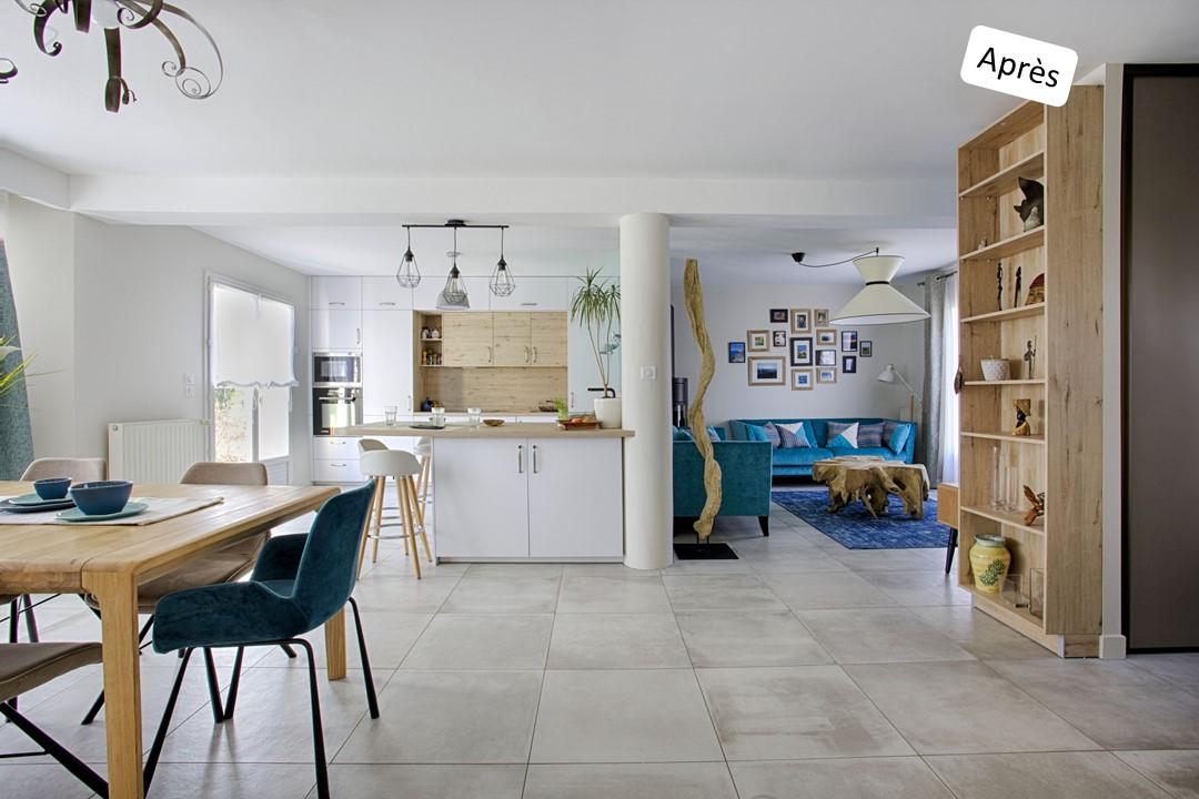 BH-Déco cuisine ouverte blanc mat et bois verriere ilot central 4