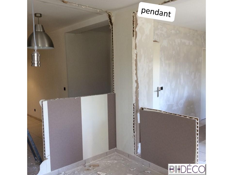 BH-Déco - ouverture rénovation cuisine meubles beton gris ilot central mur bleu 8