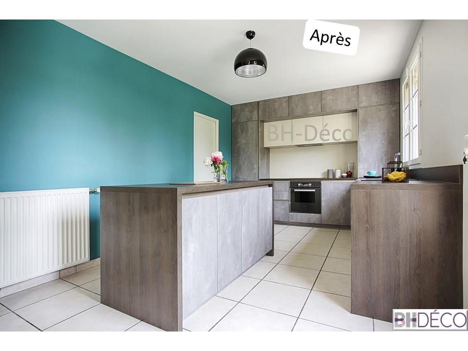 BH-Déco - ouverture rénovation cuisine meubles beton gris ilot central mur bleu 9