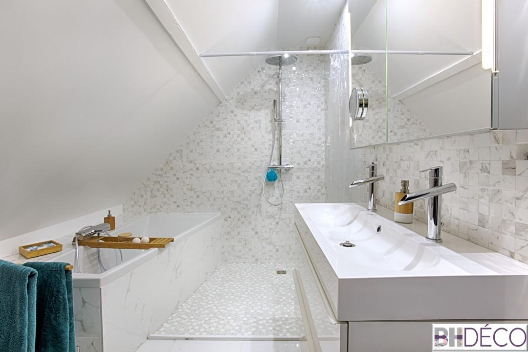 BH-Déco - suite parentale chambre jungle bleu vert miroirs salle de bain marbre 6